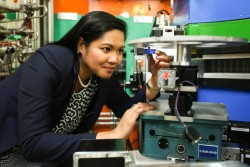 ORNL Instrument Scientist Clarina de la Cruz used the HB-2A Neutron Powder Diffractometer at the High Flux Isotope Reactor to analyze a cobalt-doped thermoelectric material boasting a record increase in room-temperature performance. (Image credit: ORNL/Genevieve Martin)