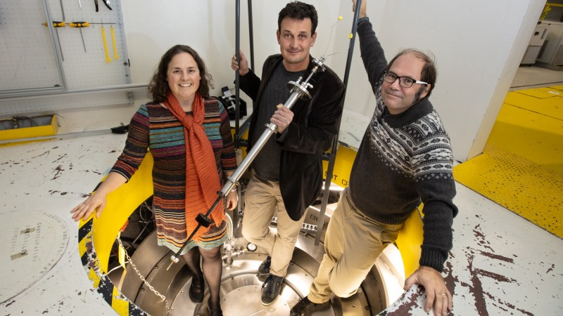 Researchers led by Brookhaven National Laboratory used neutrons at ORNL's Spallation Neutron Source to aid in deciphering the mechanism underlying scandium fluoride's ability to shrink upon heating. (Left) Kate Page, formerly of Oak Ridge National Laboratory, Brookhaven Lab physicist Emil Bozin, and ORNL instrument scientist Joerg Neuefeind. Credit: Genevieve Martin/Oak Ridge National Laboratory