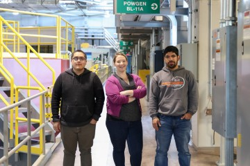 California State University, Fullerton (CSUF) professor Ally Fry-Petit encourages undergraduate students to visit large research facilities like the Spallation Neutron Source for a glimpse of potential careers in science. From left to right: CSUF senior Daniel Sandoval, Fry-Petit, and CSUF junior Jose Gonzalez Jimenez Credit: ORNL/Genevieve Martin